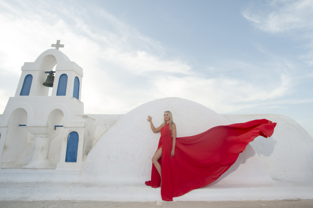 Beautiful photo shooting the day before the wedding in Santorini island.