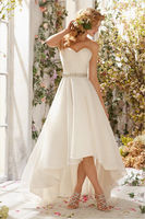 15 Dazzling Wedding Dresses Under $600