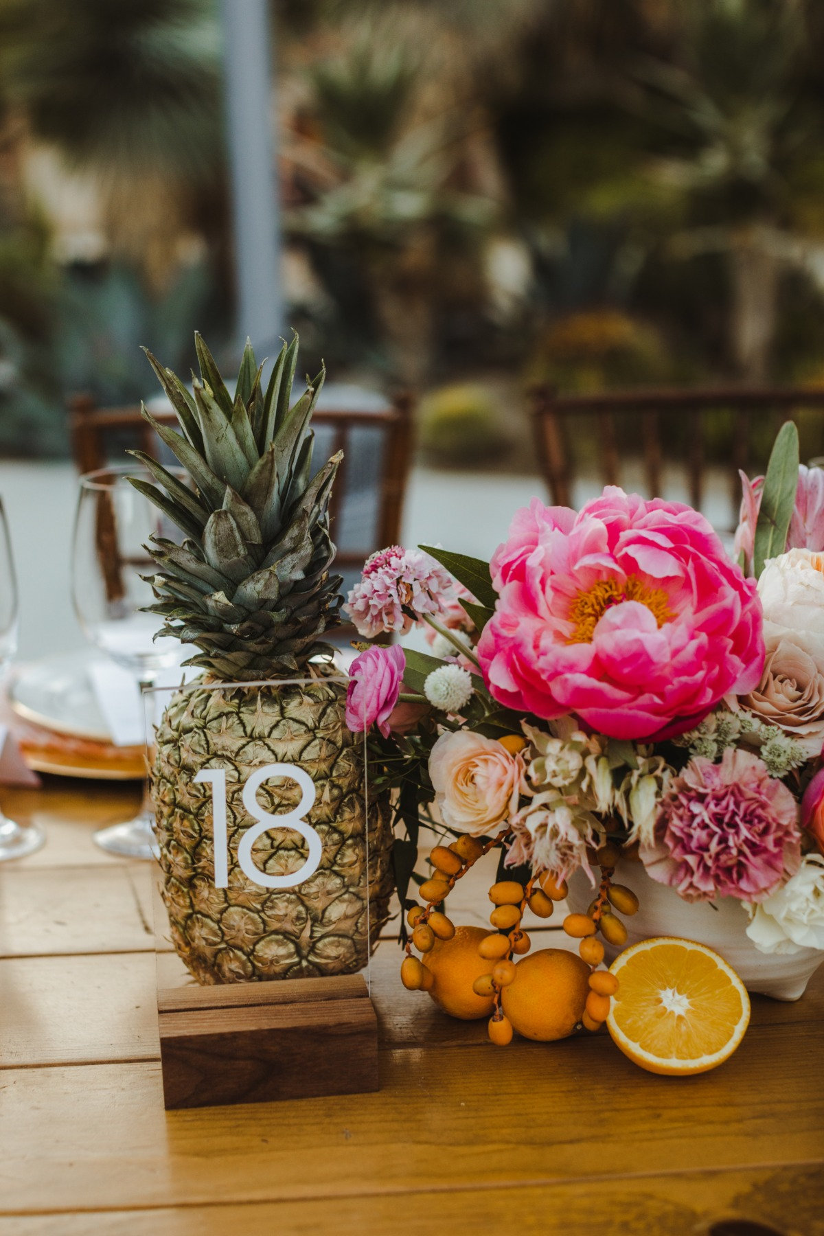 Tropical chic centerpiece