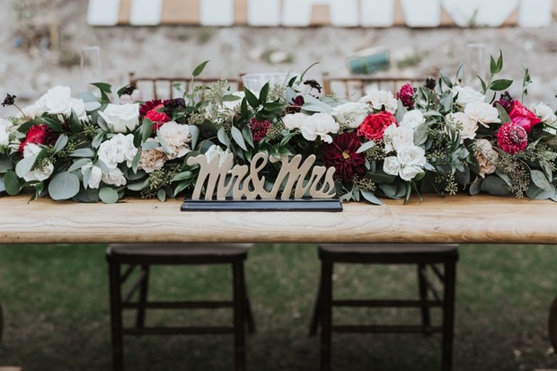Mr. and Mrs. sweetheart table design
