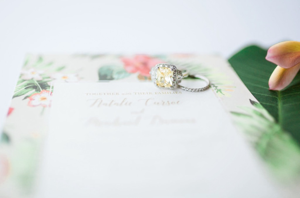 Love this canary yellow engagement ring!