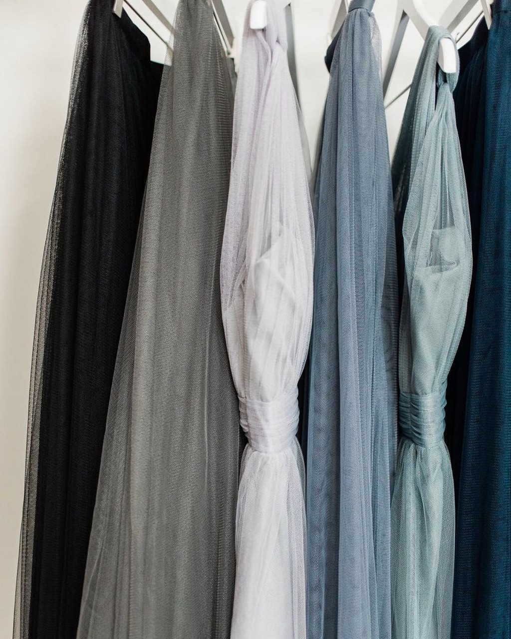Color choices are a bride's best friend.💙 #ShopRevelry