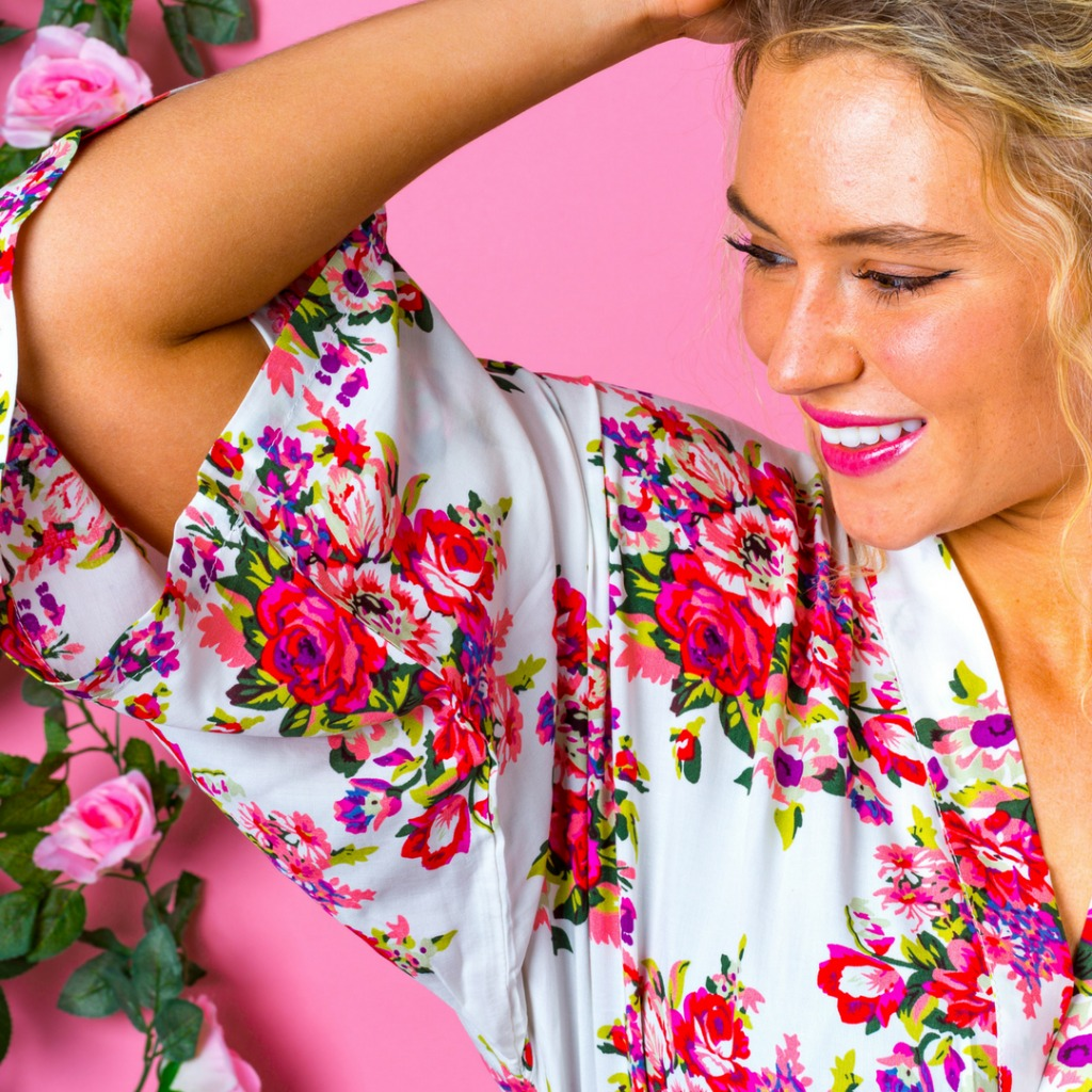 Our beautiful Bridesmaid floral kimonos are 100% cotton, lightweight and breathable, not to mention utterly stylish. Perfect for your