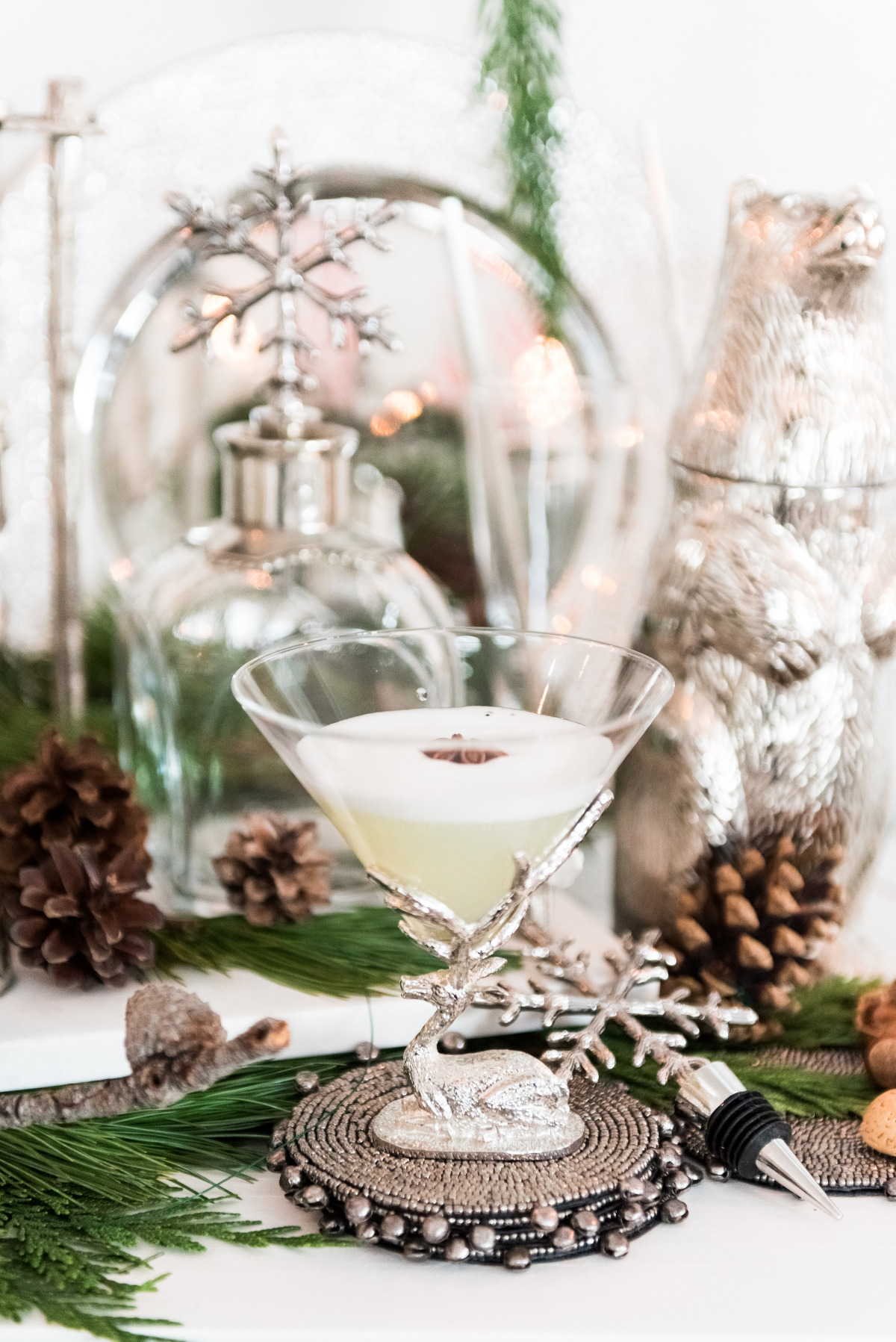 Winter wedding cocktail