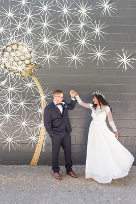 A Modern Chic White Gold and Navy Wedding
