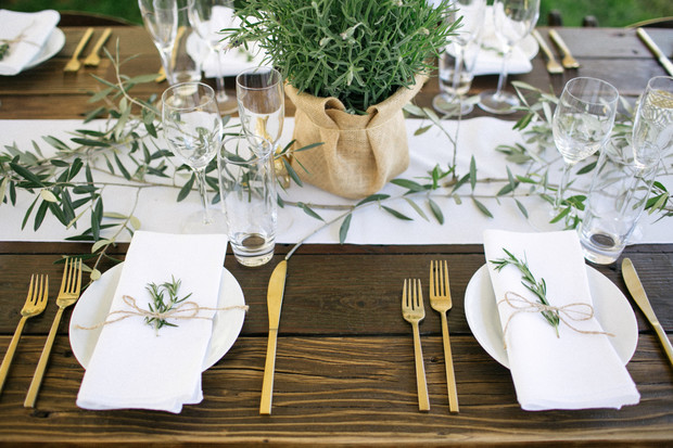 gold and white and organic wedding table decor