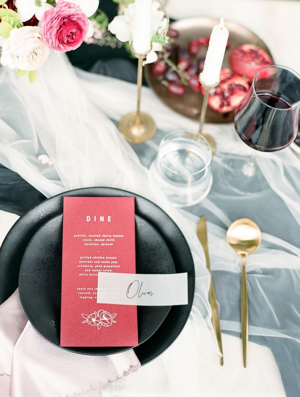 Black and red table decor