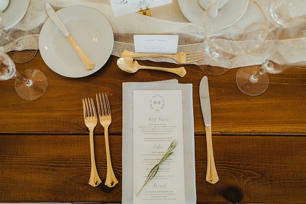 glam gold and white table setting