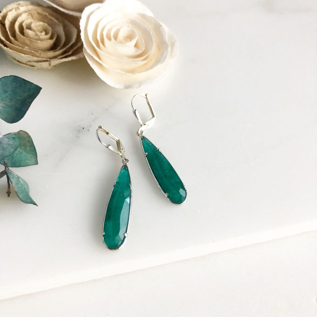 Sweet teardrop earrings in a gorgeous emerald teal.