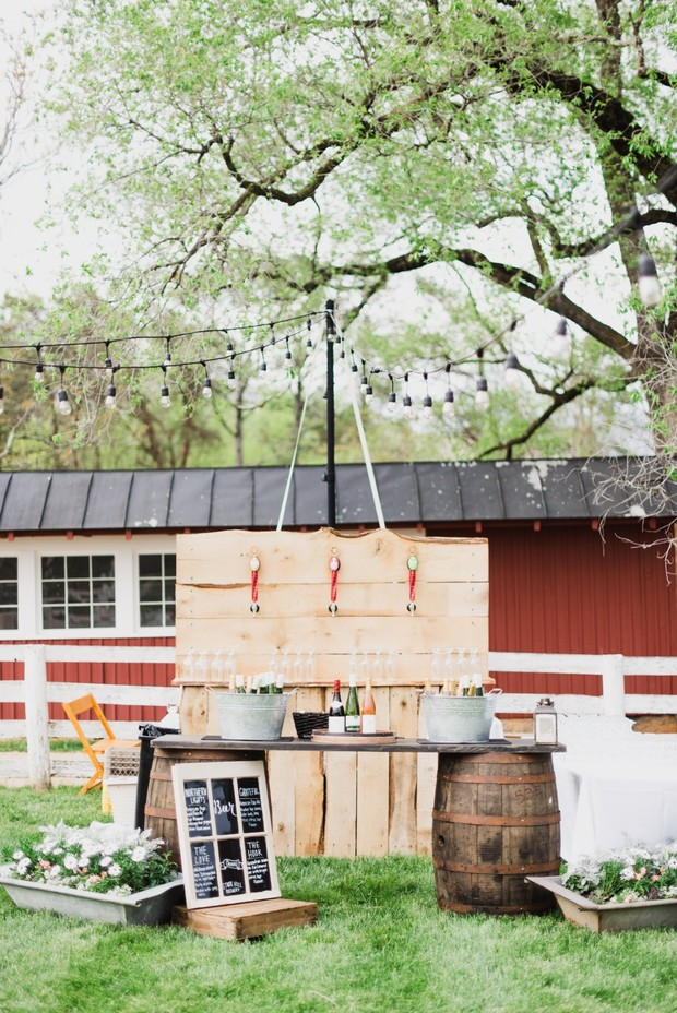 Rustic wedding bar design