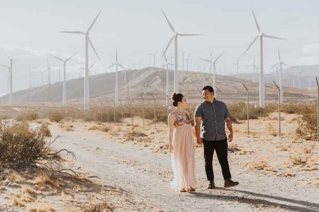 desert engagement photo ideas