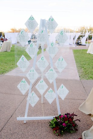 diamond themed wedding seating assignment