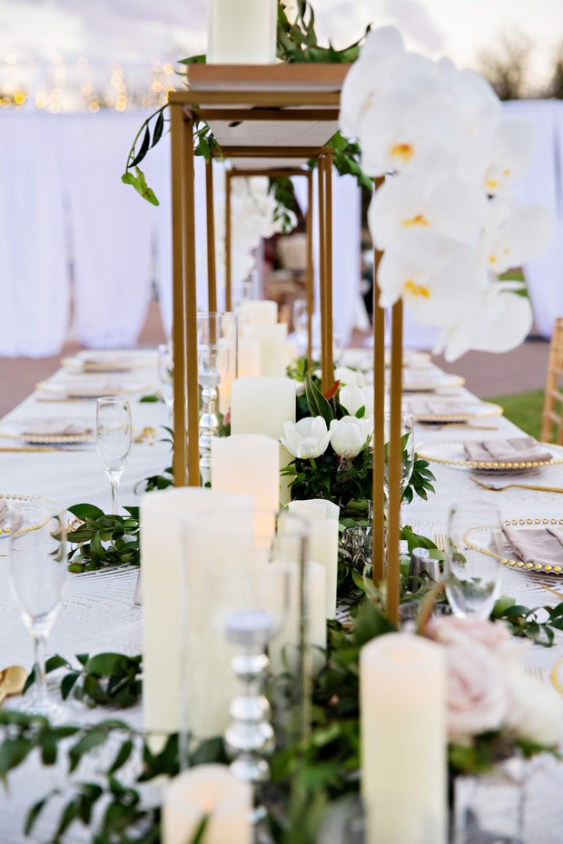 modern white and floral table decor