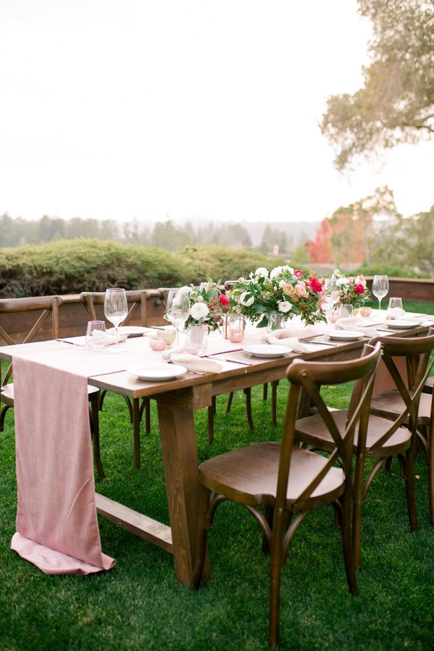 romantic wedding table in pink