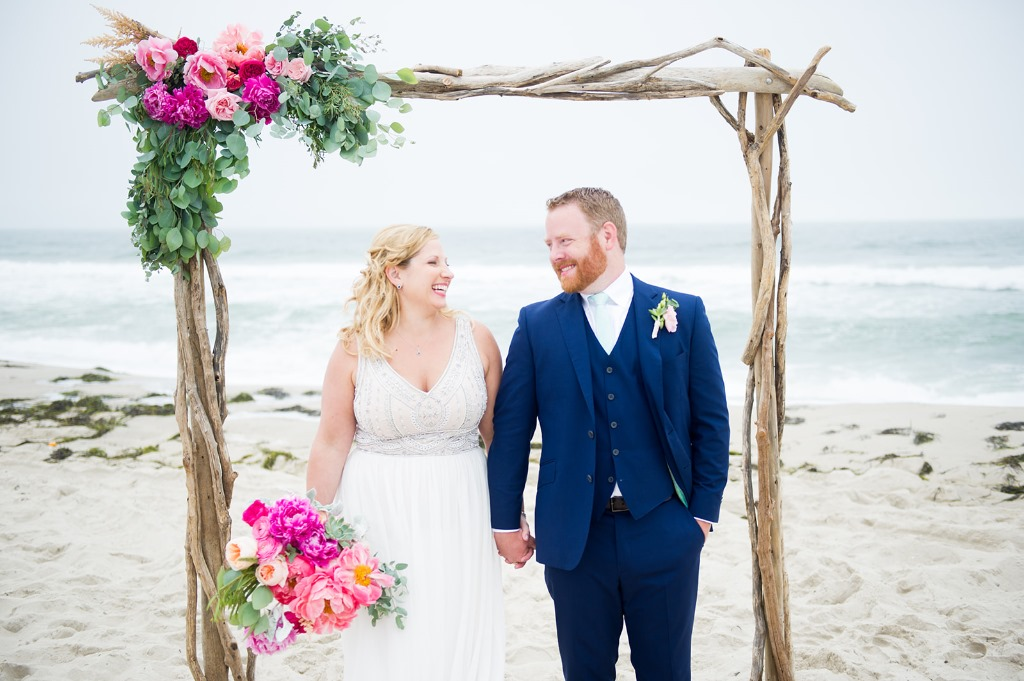 Driftwood arbor for the most perfect beach wedding accessory.