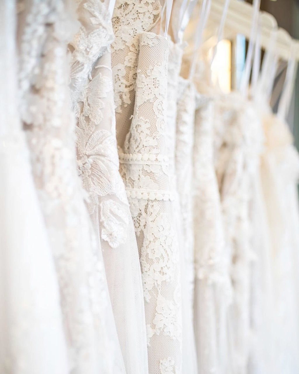 Unique lace, gorgeous gowns, and the most beautiful bridal looks.👰😍
