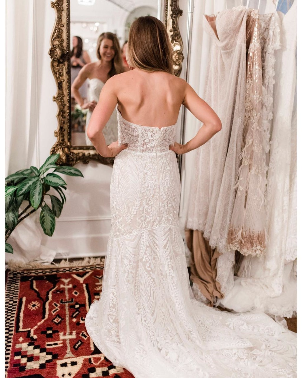 """The picture-perfect """"I found my gown"""" moment you dream about forever.😍"""