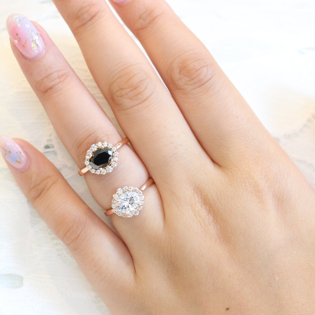 We love these East West Oval Halo Engagement Rings, featuring Black Diamond on top and Moissanite below ~ Which would you choose? Check