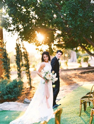 How to Have a Beautiful Spring Wedding at a Villa