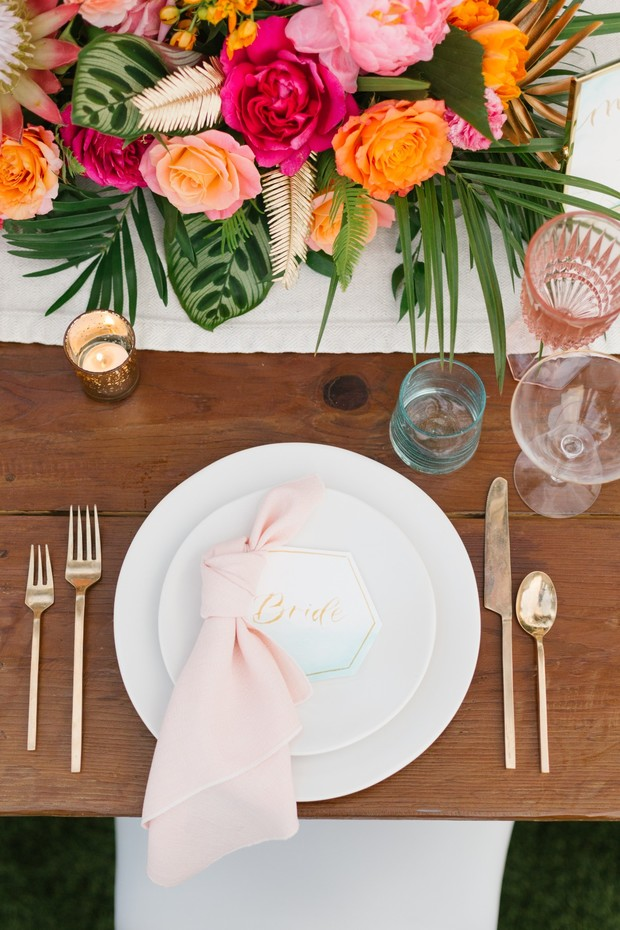tropical chic place setting