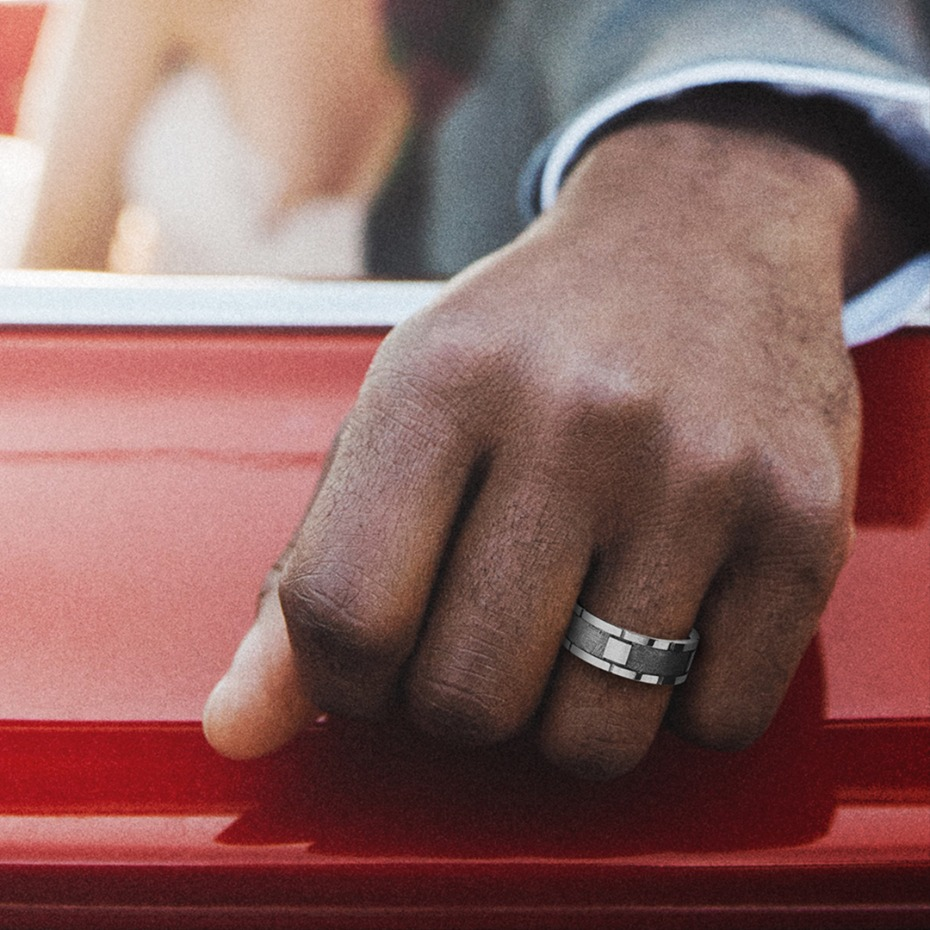 5 Things Every Guy Wonders About His Wedding Ring