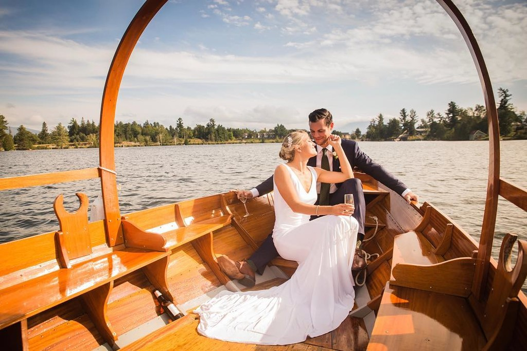Juli & John On Their #JustMarried Gondola Ride