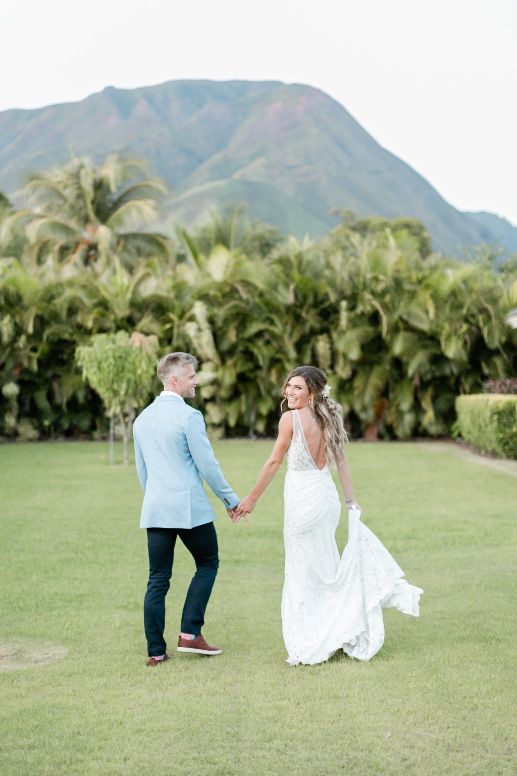 Photo by Caitlin Cathey Photography | Maui Wedding Photographer | Maui Weddings | Luxury Hawaiian Wedding | Bride and Groom First Look