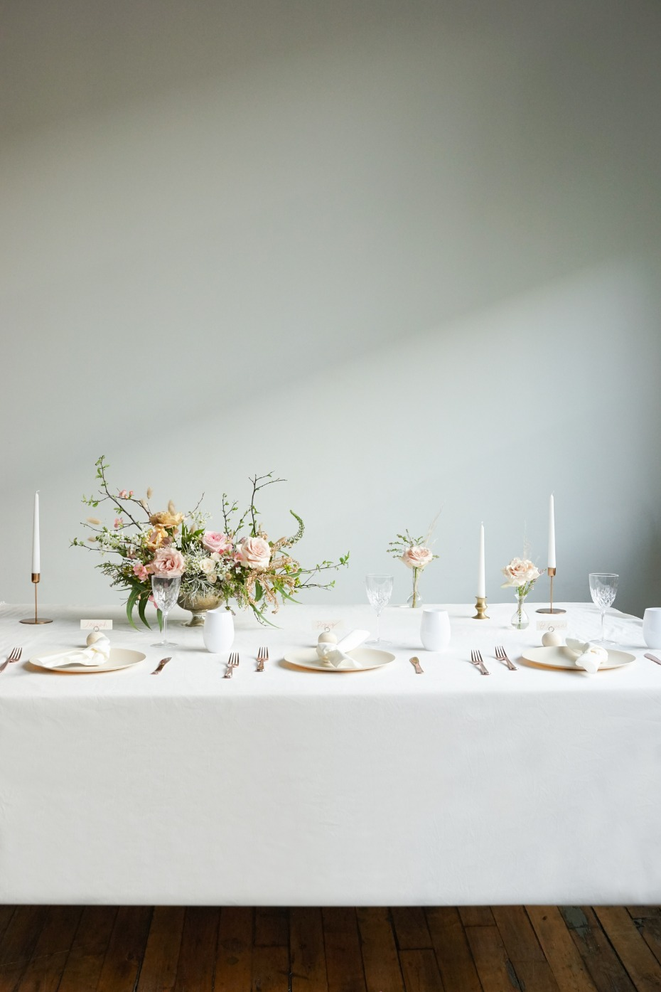 How to Throw a Stunning Bridal Luncheon for Your Bestie