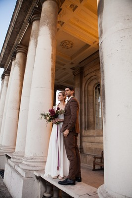 Distinguished + Romantic London Inspiration Shoot