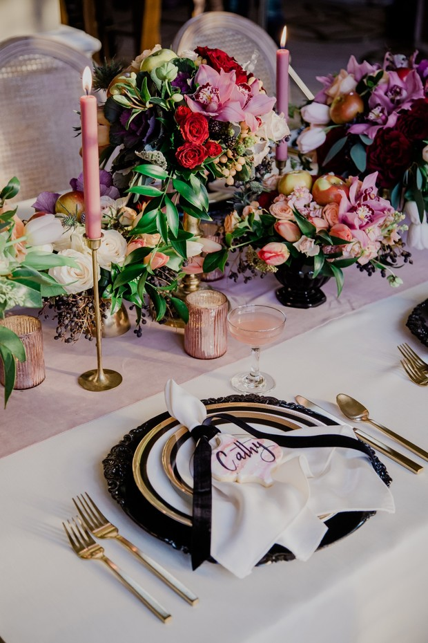 dramatic Springtime wedding table decor