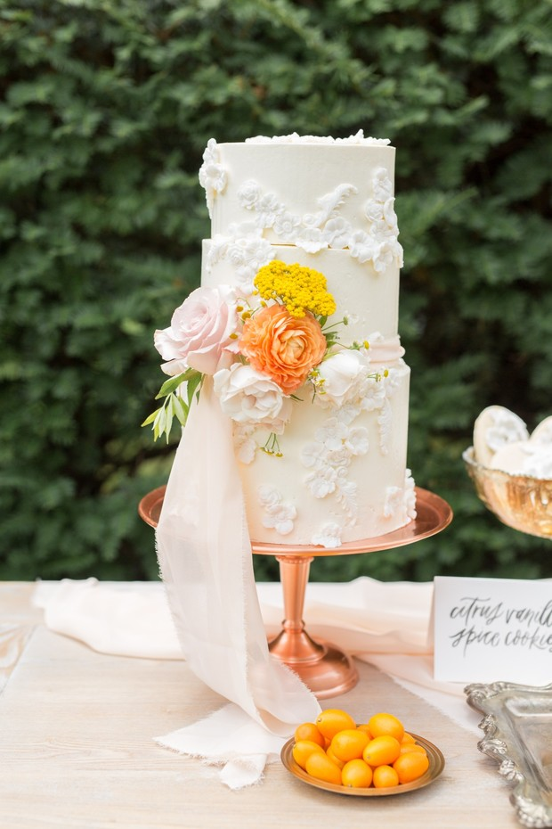 flower inspired wedding cake