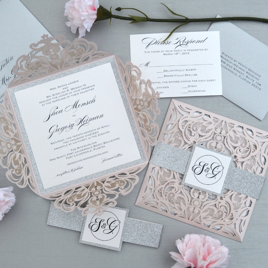 These invitations are like opening up a box of treats! Love these 4 panel elegant laser cut invites. Click the link in bio to browse
