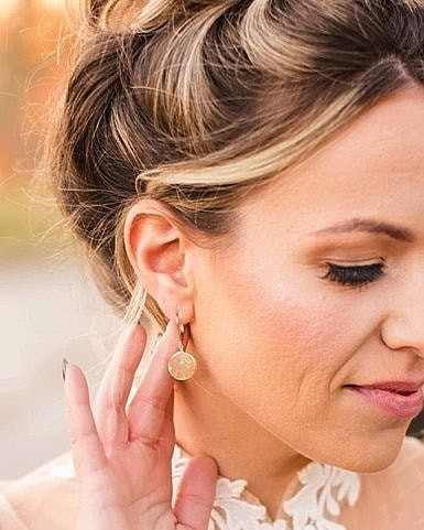 The perfect neutral sparklers to wear for your wedding, and every day after! Golden druzy earrings with hypoallergenic gold filled