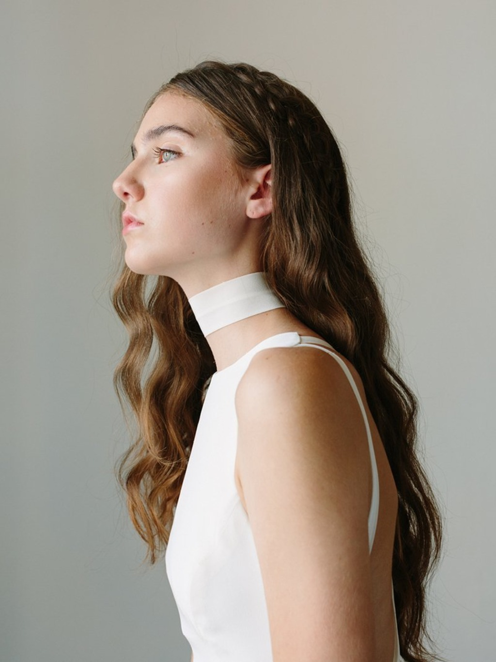 An effortlessly chic look: a pared down silk crepe choker.
