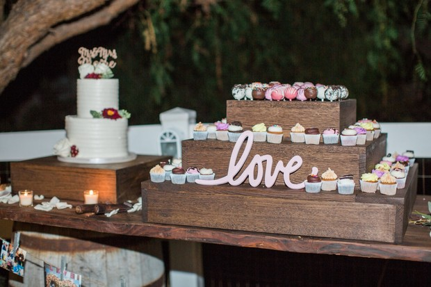 cupcake and cake pop stand dessert table