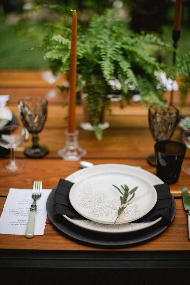 Sprig of greenery place setting