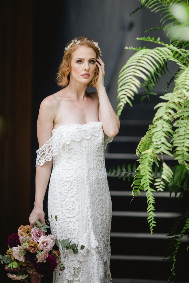 Off-shoulder lace wedding dress