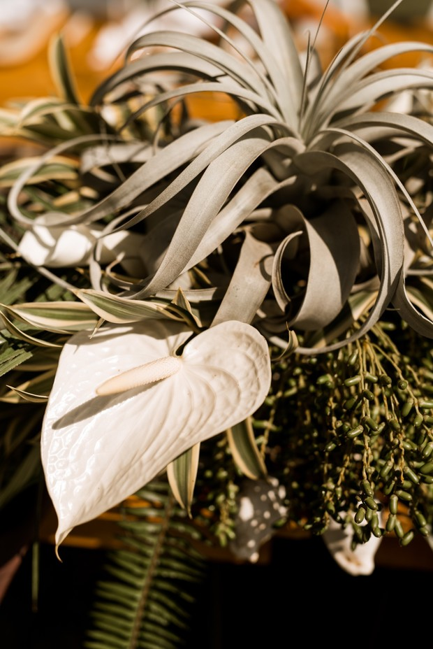 tropical themed wedding florals