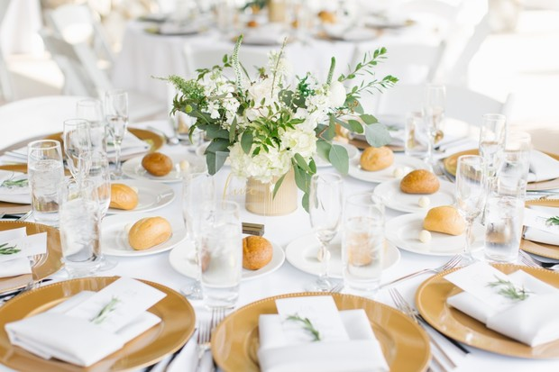 gold and white wedding table decor