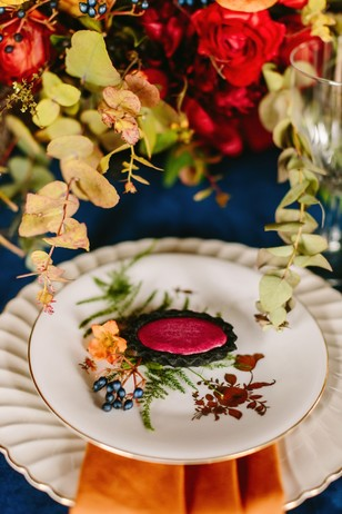 fall blue white and gold wedding place setting
