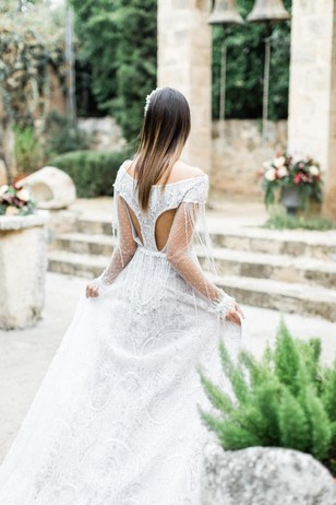 unique wedding dress from Made Bride by Antonea