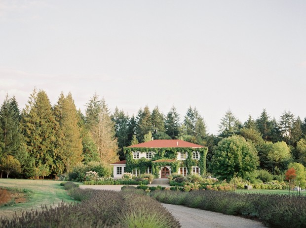 Monet Vineyard wedding venue in Washington