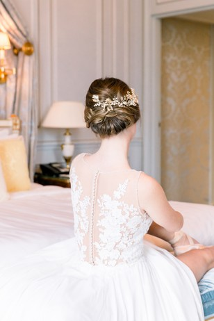 chic wedding updo hair idea