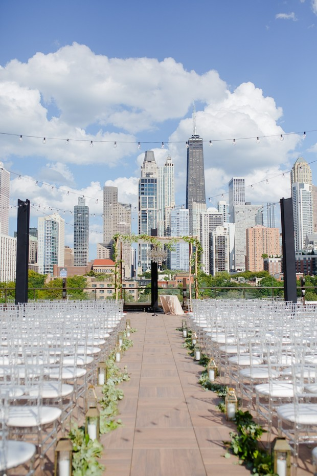 Rooftop wedding in Chicago