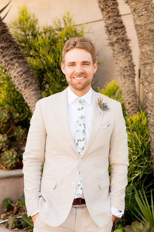 beach themed groom look