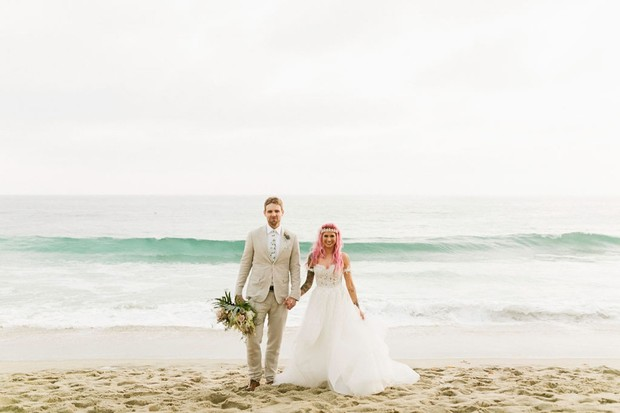 wedding beach couple