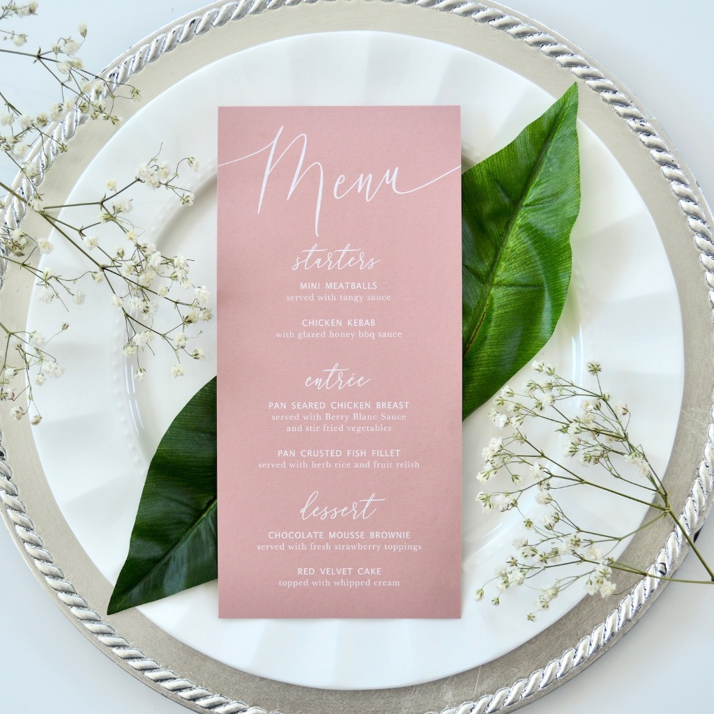 You don't see white ink often, but how refreshing is this menu on dusty rose? Perfect for a brunch bridal shower. 