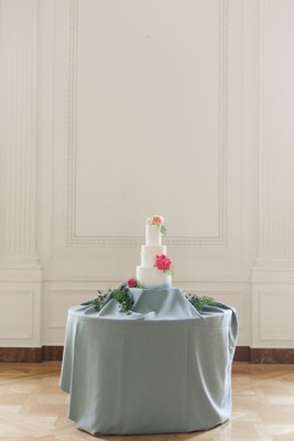 A Bright Spring Styled Wedding Inspiration at The Nixon Library