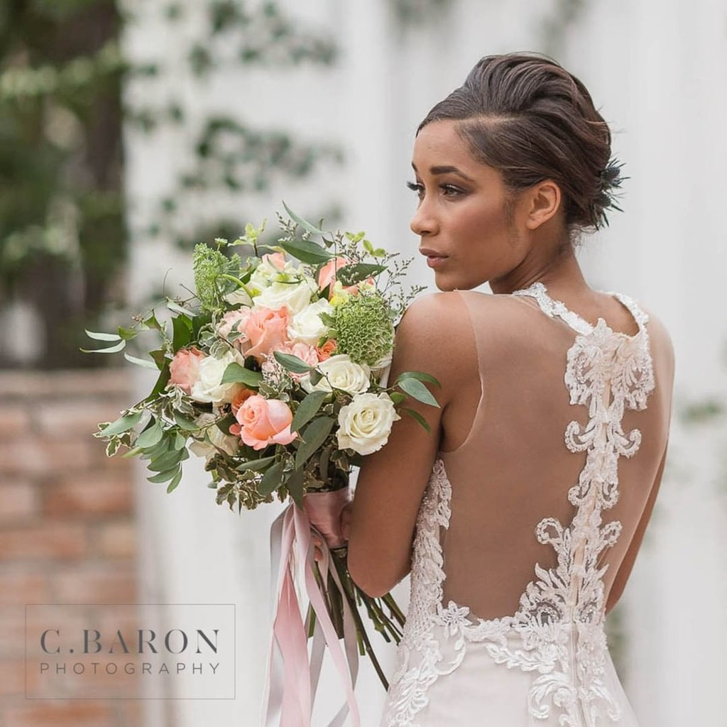 We were so in love with the back of this lovely lady's gown!