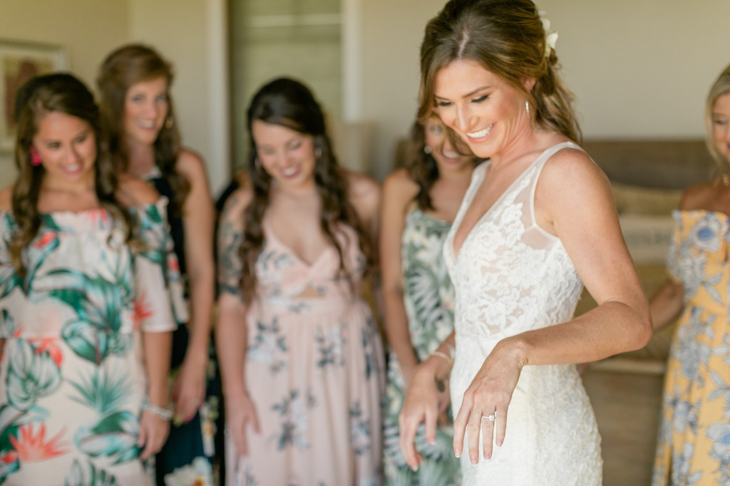 Photo by Caitlin Cathey Photography | Maui Wedding Photographer | Maui Weddings | Luxury Hawaiian Wedding | Bride and Groom Portrait